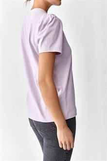701920_Isa Puff Sleeve Tee Lilac_2_cropped_web_sRGB