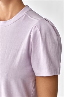 701920_Isa Puff Sleeve Tee Lilac_4_cropped_web_sRGB